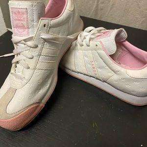 Adidas Original Samoa size 8